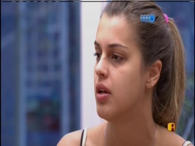 """20.mar.2014 - """"Eu fui quem mais me f***"""", diz Angela sobre briga de Cássio e Marcelo"""