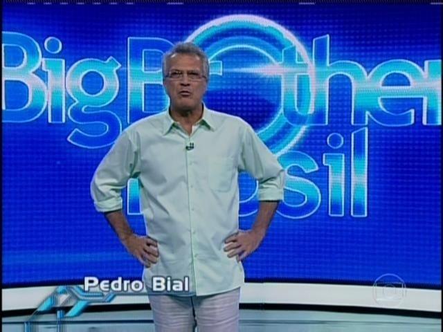 20.mar.2014 - Pedro Bial inicia programa ao vivo, nesta quinta (20).