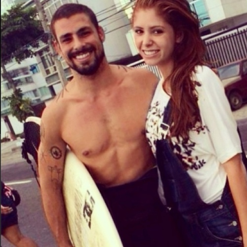 """21.mar.2014 - Amanda posta foto ao lado do ator Cauã Reymond: """"Se eu já era fã, agora sou muito mais!!!?? Muito atencioso... Um fofo!!! Cauã Reymond#soufã#cauãreymond#bbb14#vairuivinha#amandagontijo#riodejaneiro#amando"""", escreveu"""