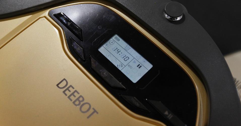 A Ecovacs (www.ecovacs.com.br) lançou na 20ª edição da Feicon Batimat (Salão Internacional da Construção), em cartaz de 18 a 22 de março de 2014, em São Paulo, o robô Deebot, um aspirador automático para a limpeza de pisos e superfícies planas de móveis...