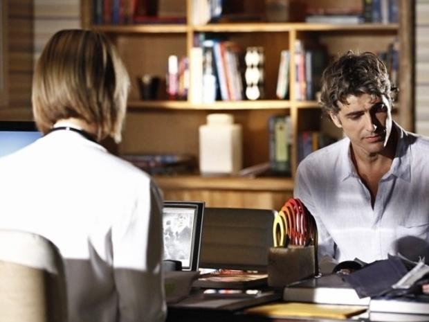 Cadu fica preocupado após ser examinado por Silvia