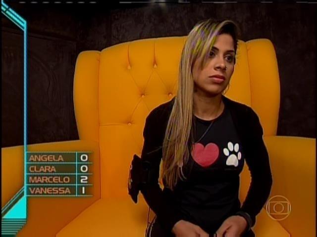 23.mar.2014 - Vanessa vota em Marcelo para o 15º paredão