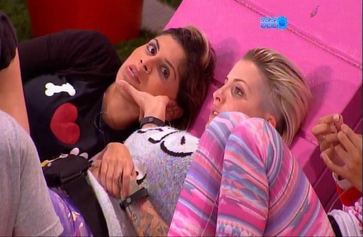 """24.mar.2014 - Vanessa reclama que Tatiele é muito influenciada pelas opiniões de Marcelo. """"Ela não me deu um voto [de confiança] para eu ir lá falar com ela"""", declarou"""
