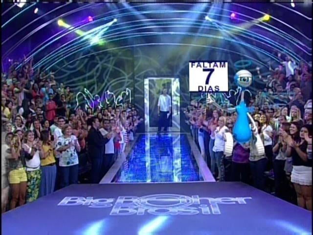 """25.mar.2014 - Há uma semana da grande final do BBB14"""" que será terça 1º de abril"""