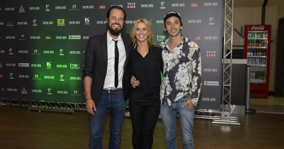 25.mar.2014- Paulo Vilhena, Carolina Dieckmann e Júlio Andrade participam da pré-estreia do filme