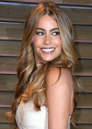 Maquiagem preferida de Sofía Vergara valoriza as raízes latinas da atriz - Getty Images
