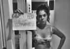 Com roupa curta, Bella protesta nas redes sociais contra estupro (Foto: Reprodução/ Instagram/ bella_maia_)