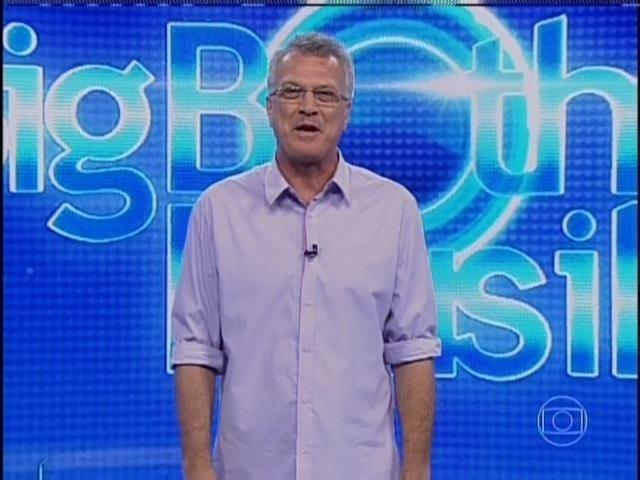 28.mar.2014 - Pedro Bial anuncia segunda etapa da prova do líder no programa ao vivo desta sexta-feira (28)