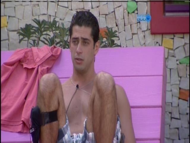 28.mar.2014 - Marcelo diz sentir falta de Tatiele: