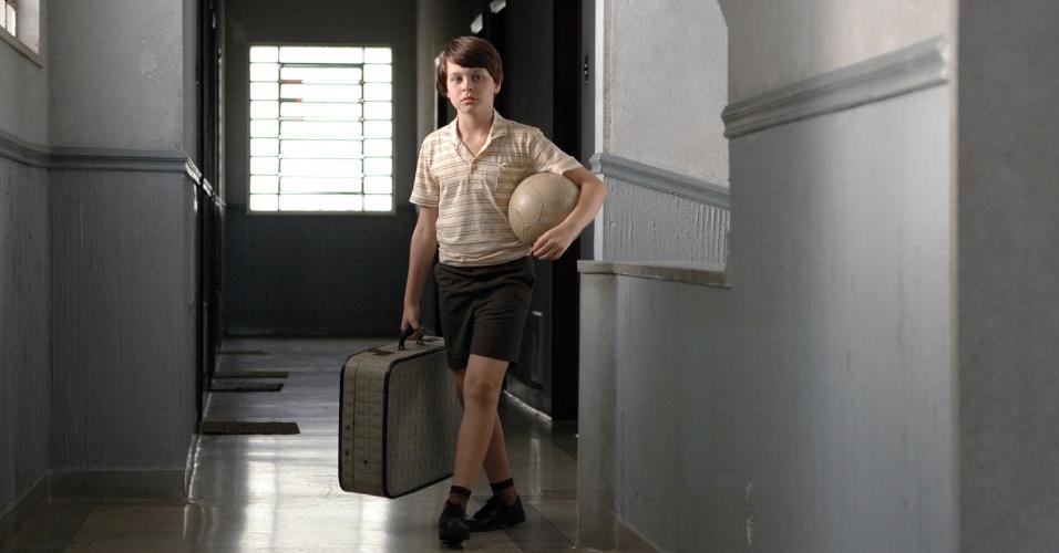 """Cena de """"O Ano em que Meus Pais Sairam de Férias"""" (2006), de Cao Hamburger"""