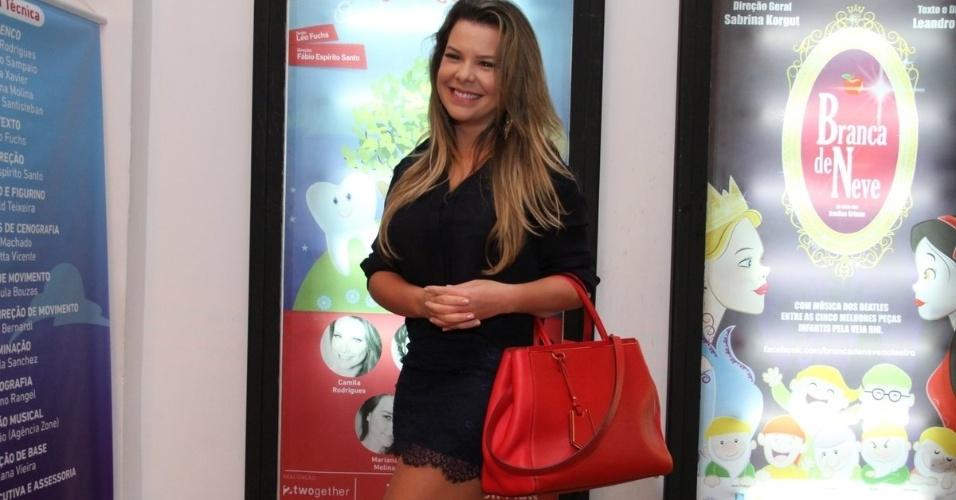 29.mar.2014 - Fernanda Souza na estreia do musical infantil