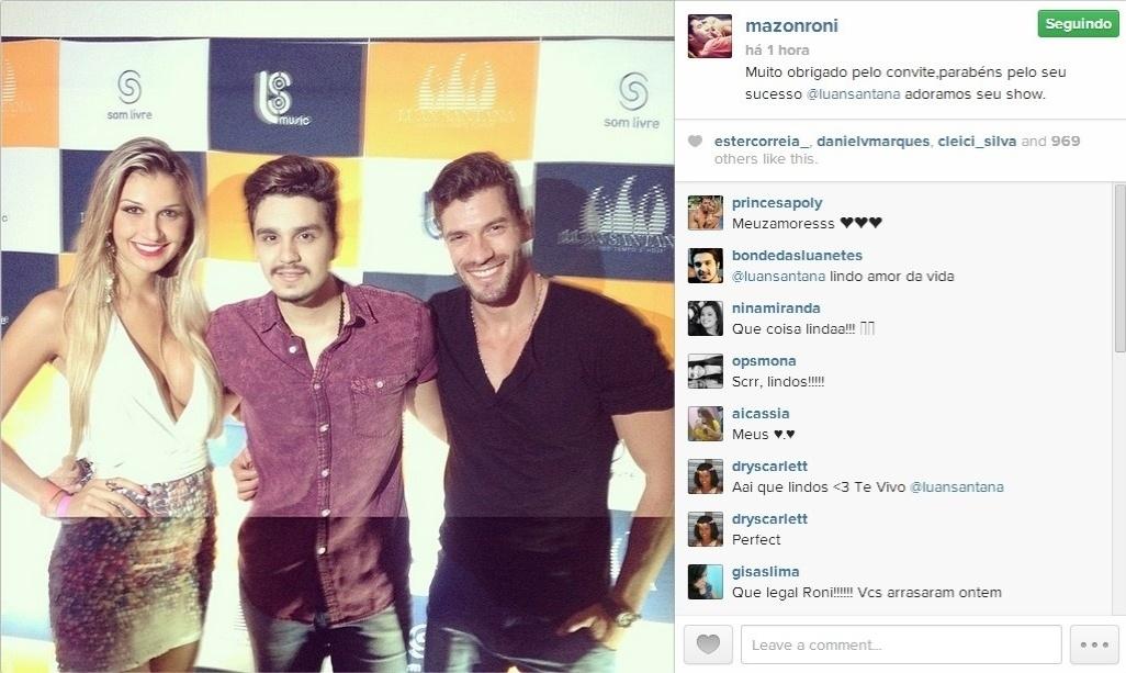 30.mar.2014 - Em sua conta no Instagram, Roni postou uma foto com Tatiele e com o cantor Luan Santana, após o show.