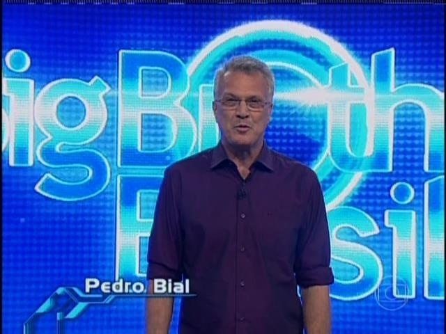 """31.mar.2014 - Pedro Bial inicia o último programa ao vivo antes da final do """"BBB14"""""""