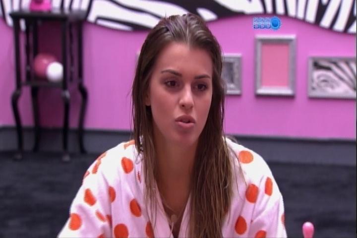 """31.mar.2014 - Angela diz que gostaria de entrar na equipe do programa """"Porta dos Fundos"""""""