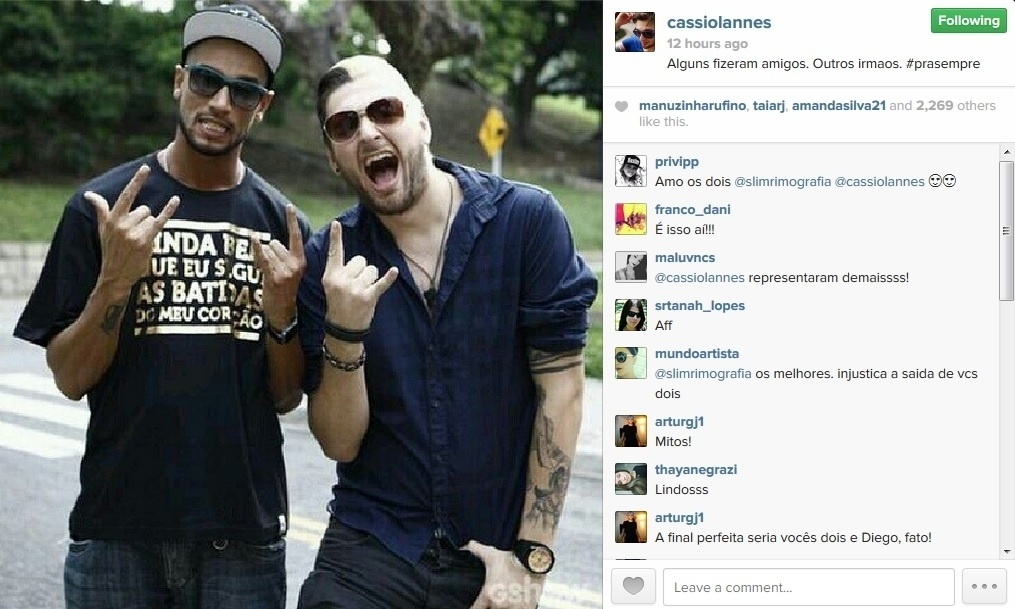 31.mar.2014 - Cássio comemorou a amizade com Valter em sua página do Instagram.