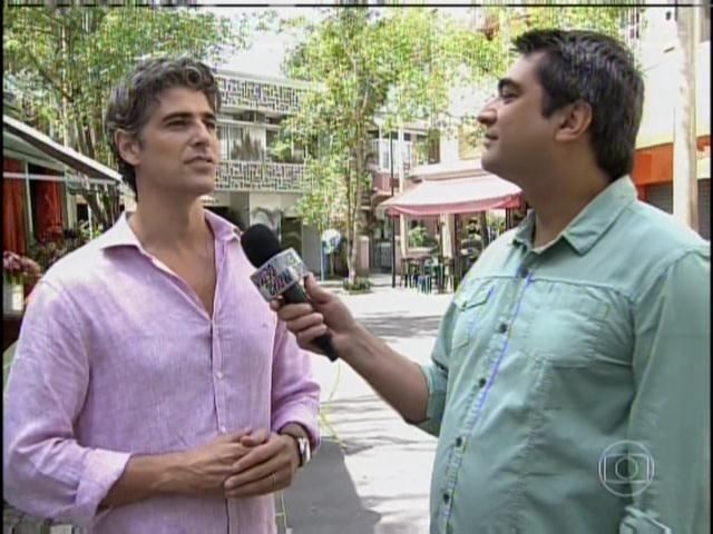 31.mar.2014 - Reynaldo Gianecchini concede entrevista a Zeca Camargo