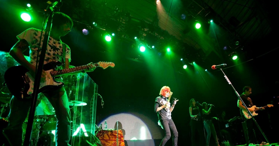 """Cantora Rita Lee durante uma das últimas apresentações da turnê """"Etc"""" em janeiro de 2012"""