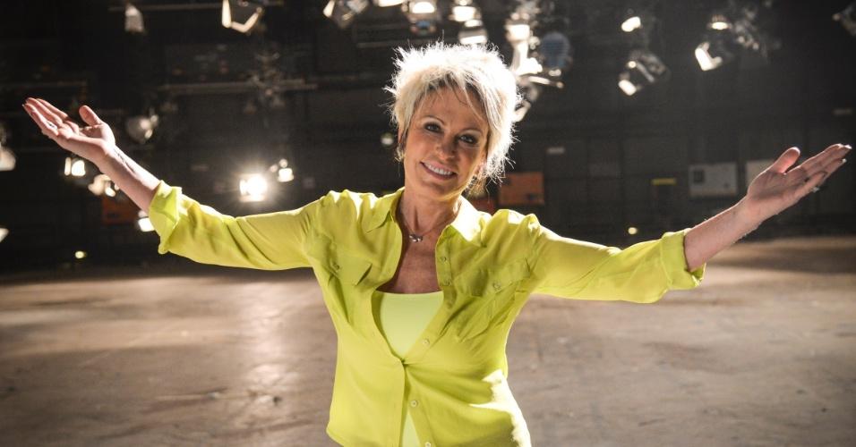 No final de 2013, a apresentadora exibiu os cabelos mais claros