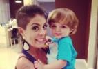 Bella posta foto com o filho de Clara, Max (Foto: Reprodução/ Instagram/ bella_maia_)