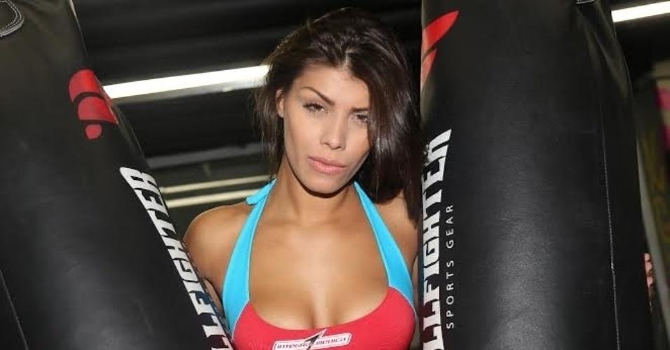 01.abr.2014 - Franciele desfilará as suas belas curvas Jungle Fight. Ela será no uma das ring girls do evento que acontece no Ginásio do Pacaembu, em São Paulo