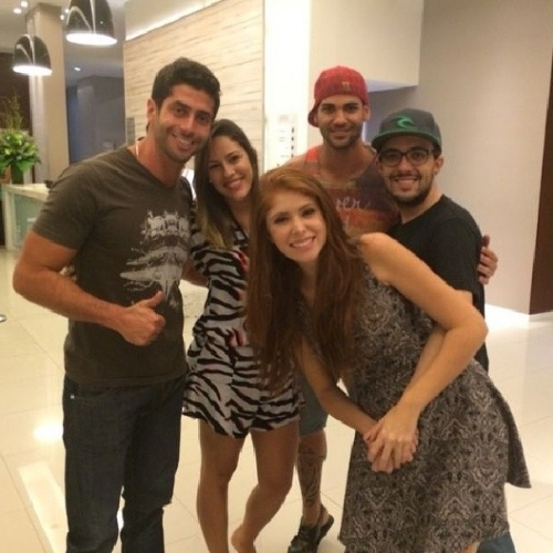 "01.abr.2014 - Marcelo, Alisson, Princy, Rodrigo e Amanda se encontram na grande final do ""BBB14"""