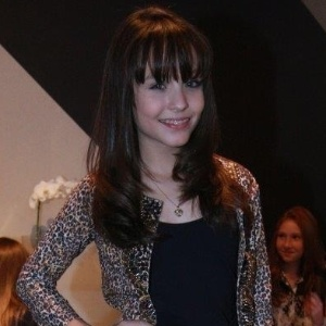 Larissa Manoela é atriz do SBT