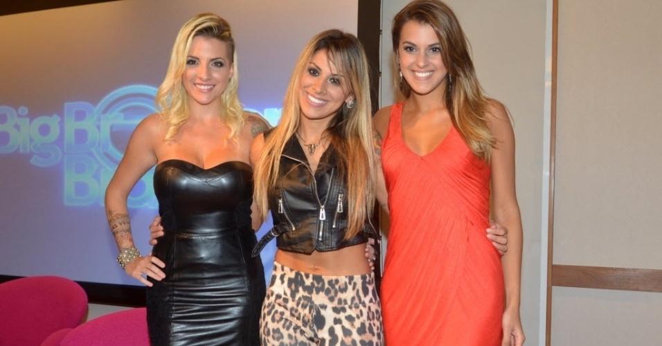 1.abr.2014 - Finalistas, Clara, Angela e Vanessa participam da coletiva de imprensa no Projac, central de estúdios da TV Globo