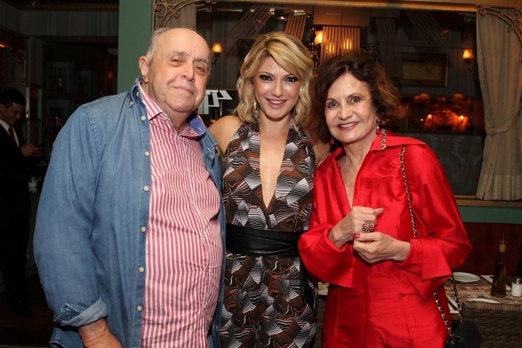 1.abr.2014 - Rosamaria Murtinho e Mauro Mendonçaa no lançamento do programa