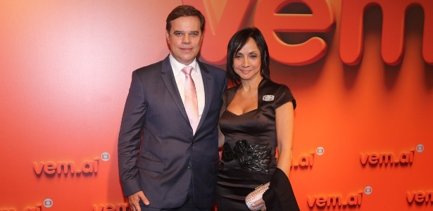 2.abr.2014 -Diogo Vilella e Cininha di Paula prestigiaram a
