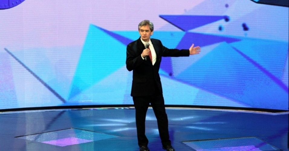 """2.abr.2014 - Serginho Groisman na gravação do """"vem_aí"""""""