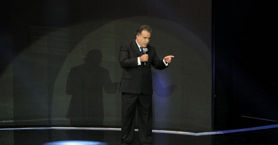 """2.abr.2014 - Tony Ramos na gravação do """"vem_aí"""""""