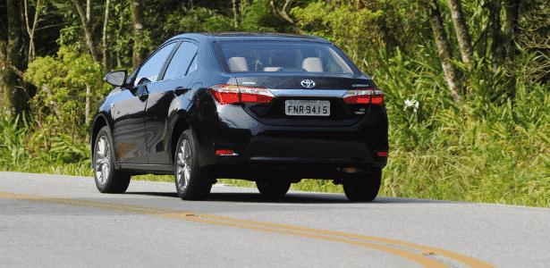 Toyota Corolla Altis 2015 - traseira - Murilo Góes/UOL - Murilo Góes/UOL