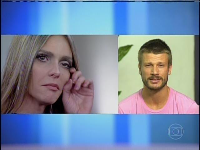 4.abr.2014 - Rodrigo Hilbert faz declaração de amor para Fernanda Lima no