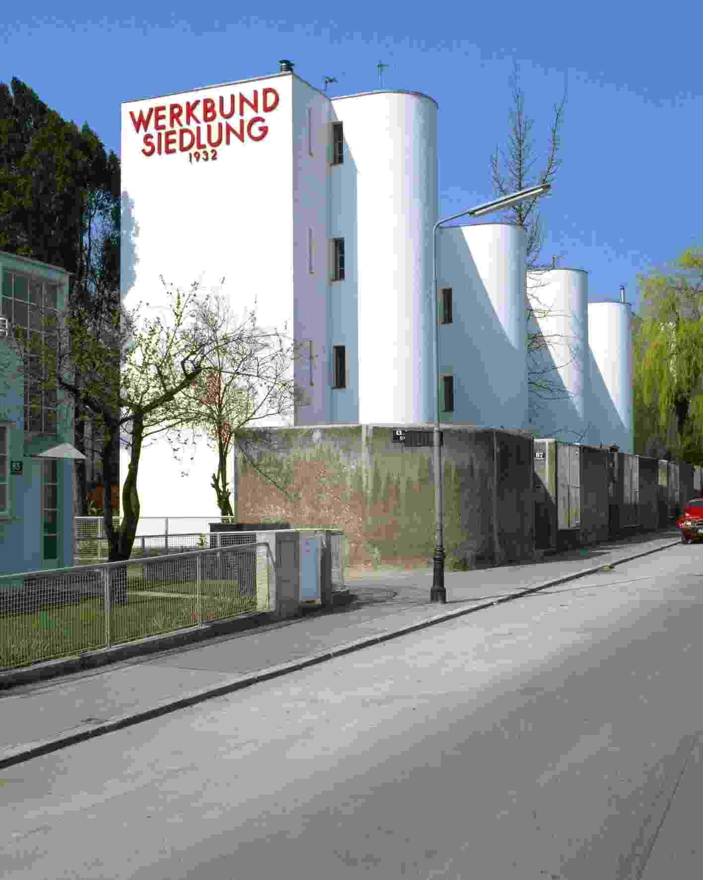 """Deutscher Werkbund -  """"Werkbundsiedlung"""", conjunto de prédios projetado por André Lurçat, em Viena (1932) - Divulgação"""