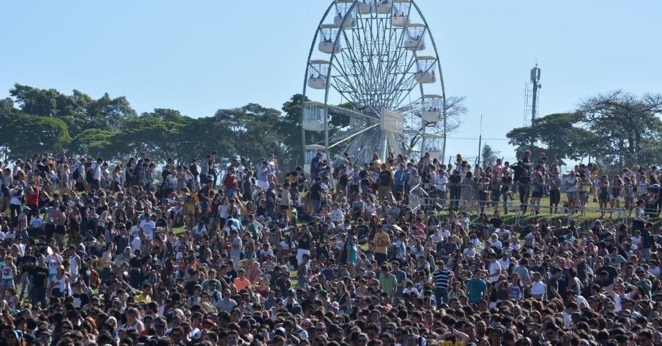 05.abr.2014 - Vista da roda-gigante no Festival Lollapalooza 2014 no Autódromo de Interlagos, em São Paulo