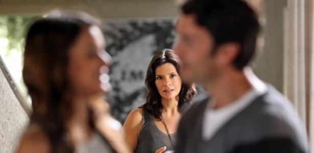 Verônica se irritará com provocações de Laerte e dará tapa no namorado