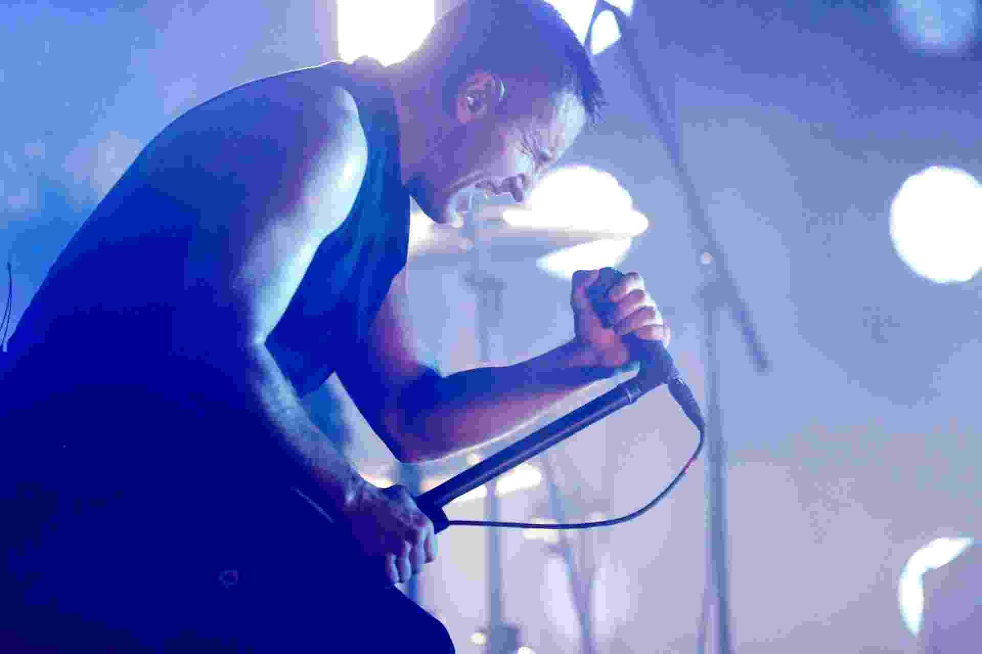 5.abr.2014 - Nine Inch Nails se apresenta no Lollapalooza 2014 no Autódromo de Interlagos, em São Paulo - Reinaldo Canato/UOL