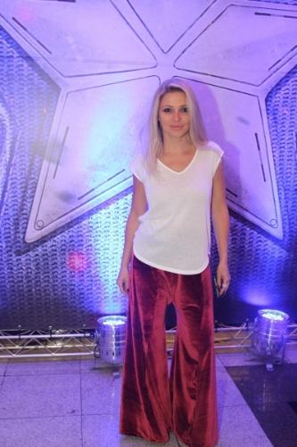 """8.abr.2014 - A atriz Patrícia de Sabrit foi uma das convidadas VIPs da pré-estreia do filme """"Capitão América 2"""", que aconteceu na noite desta terça-feira, em um shopping da zona sul de São Paulo"""