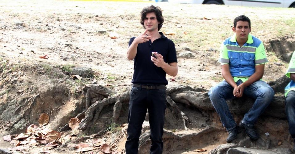 """9.abr.2014 - Fiuk grava cenas de """"Geração Brasil"""", próxima novela da sete, na Barra da Tijuca, no Rio de Janeiro"""
