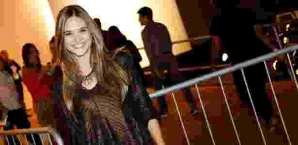 9.abr.2014 - Juliana Paiva prestigiou o segundo dia de desfiles do Fashion Rio - AgNews