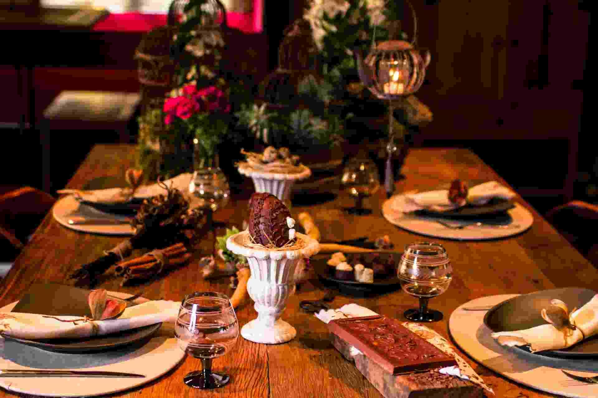 Passo a passo mesa de Páscoa (Imagens produzidas para UOL Casa e Decoração, não usar sem autorização) - Edna Fróes/ Divulgação