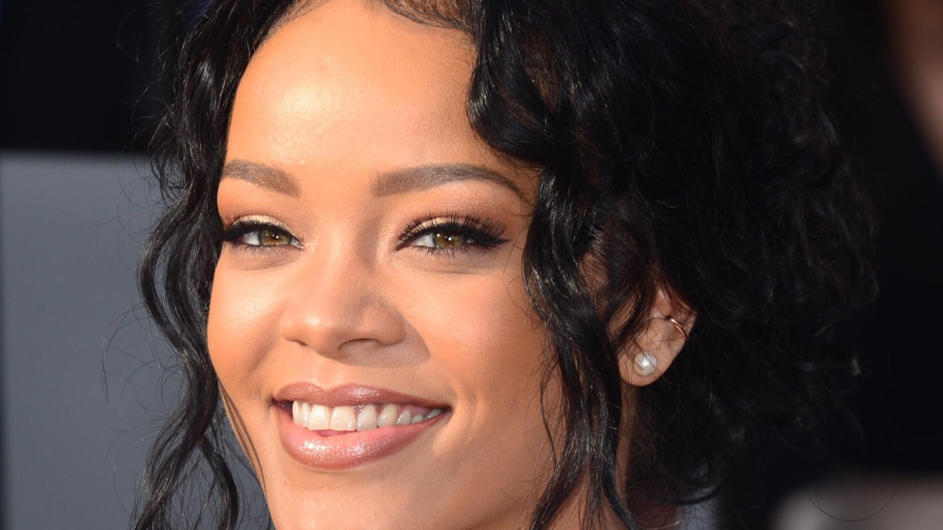 13.abril.2014 - Rihanna no MTV Movie Awards 2014, na noite deste domingo (13), no Nokia Theatre, em Los Angeles