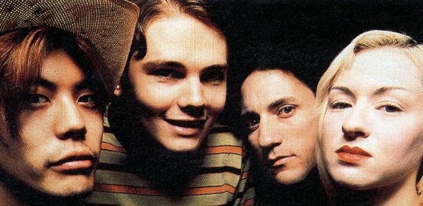 James Iha, Billy Corgan, Jimmy Chamberlin e D'arcy, em foto da formação original do Smashing Pumpkins