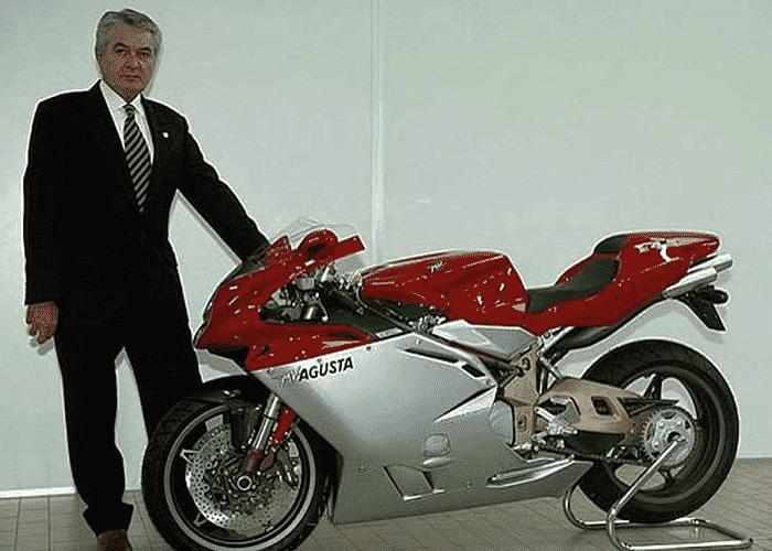 Massimo Tamburini ao lado da MV Agusta F4 - Divulgação