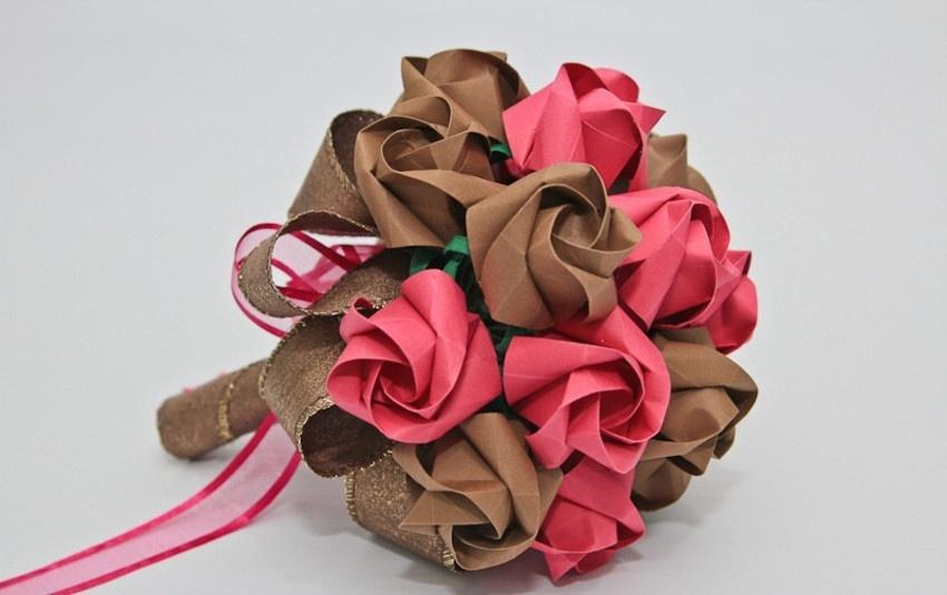 Buquê de rosas em origami. Da A&M Origami