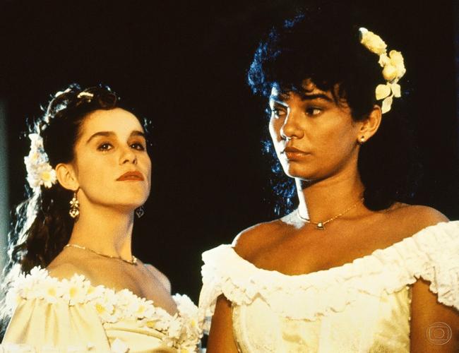 """A primeira versão de """"Sinha Moça"""" foi ao ar em 1986 na Globo"""
