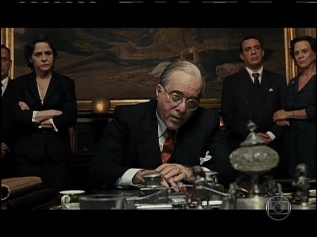 Tony Ramos interpretando Getúlio Vargas no filme