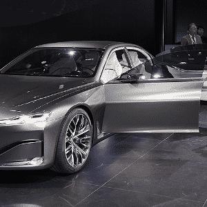 BMW Vision Future Luxury Concept - Zhu Wei/Xinhua