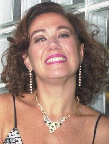 21.abr.2014 - Lilia Cabral aparece caracterizada como vilã de