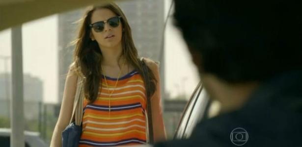 """O óculos usado por Luiza, na novela """"Em Família"""", é um dos itens mais pedidos da Globo - Reprodução/TV Globo"""